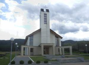 Čelkova Lehota Kostol